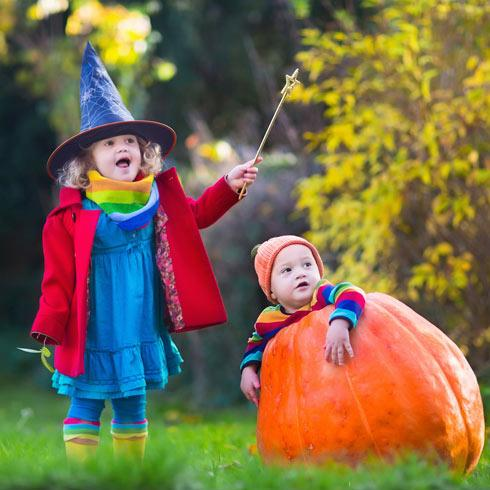 Cheap Halloween Costumes Where to Shop for Couples Adults u0026 Kids - CouponCabin.com  sc 1 st  Coupon Cabin & Cheap Halloween Costumes: Where to Shop for Couples Adults u0026 Kids ...